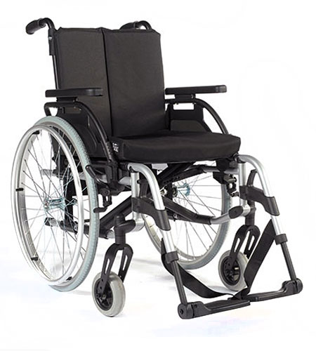 BREEZY Manual Wheelchairs